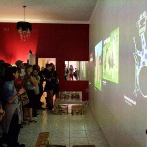 gif_exhibition_v2